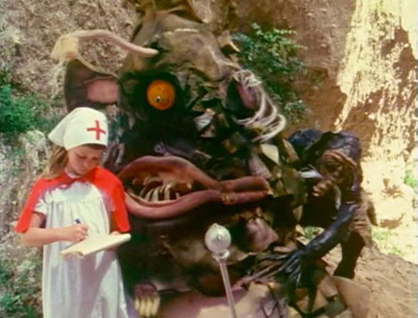 The_monsters_christmas_11