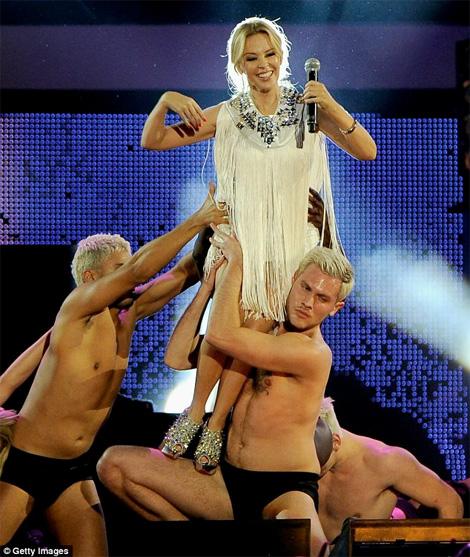 Kylie_stocky_dancer