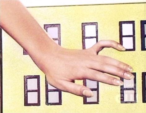 Antm11_5_annaleigh_finger